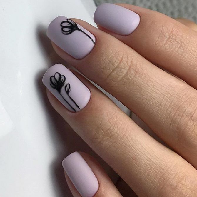 Creating a nail art on short nails