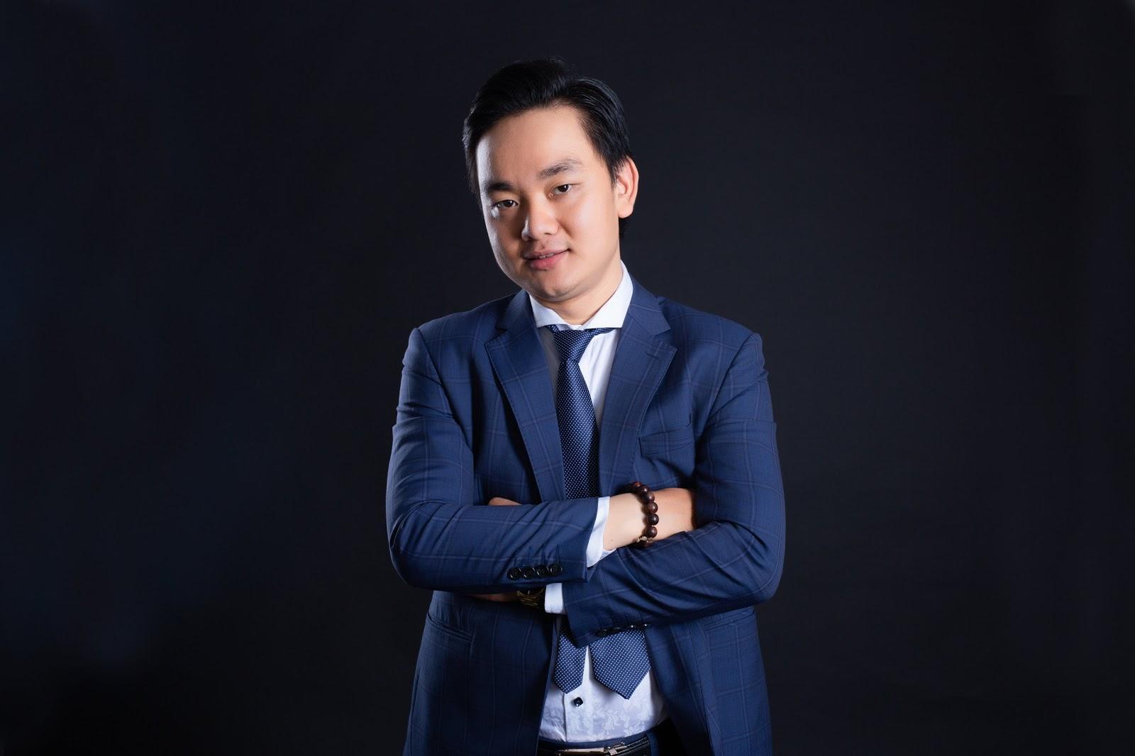 Ông Trịnh Văn Sơn CEO S Việt Nam - Thành viên Ban tổ chức tại Hội nghị sức khỏe sắc đẹp toàn diện và xu hướng ngành làm đẹp 2021 - Ảnh 2