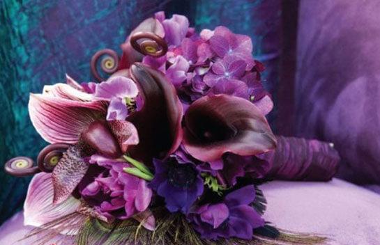 Букет из фиолетовых цветов