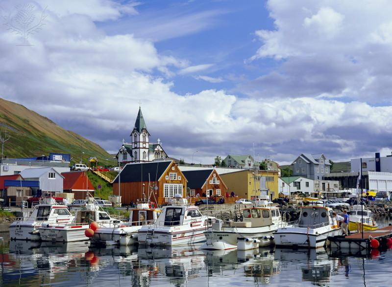 Iceland%20pics/Blog/Quiant%20sea%20side%20town%20and%20Meet%20local%20fisherman%20to%20discuss%20how%20small%20busines%20trades%20globally