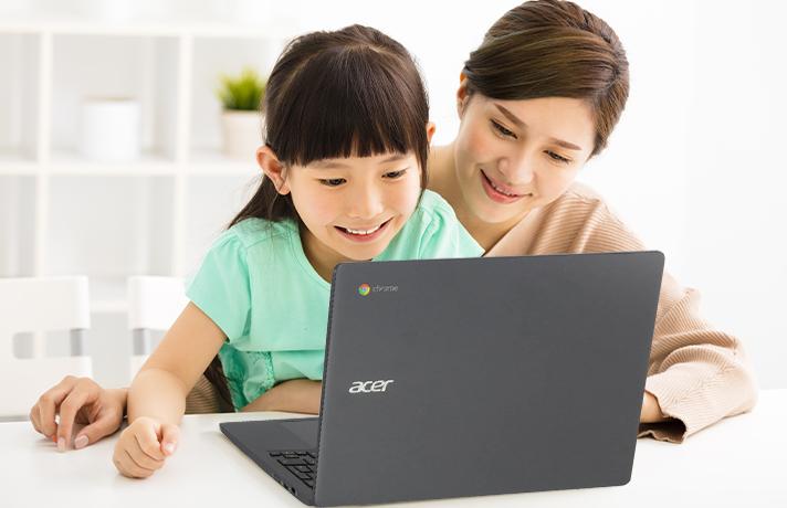 Mengerjakan-PR-Orang-Tua-Kondisi-Baik-Mendampingi-Anak