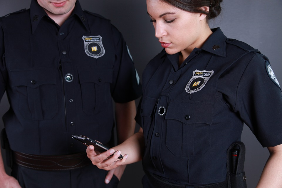 Reasons Why Your Business Might Need a Security Personnel 2