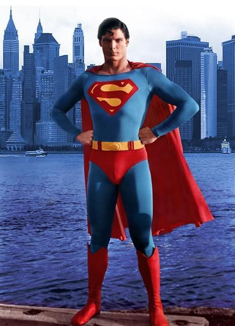 The Superhero Stance | En Camino