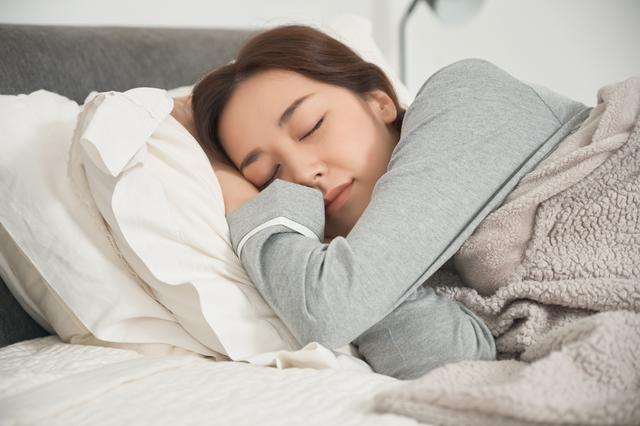 眠くなったらそのままベッドで寝れる!