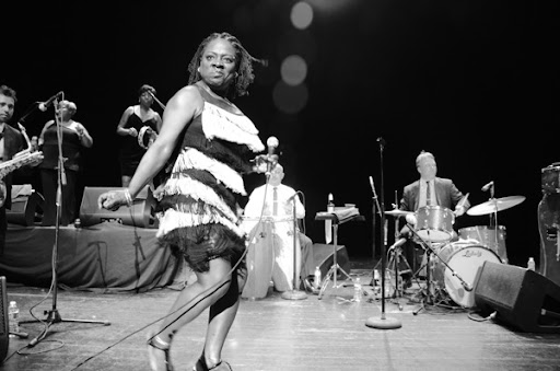 Sharon Jones Dancing