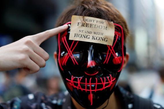"""Hong Kong entra en un """"Estado de Emergencia"""""""