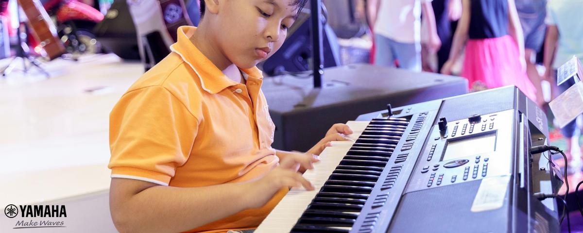 lớp học đàn organ cho trẻ em