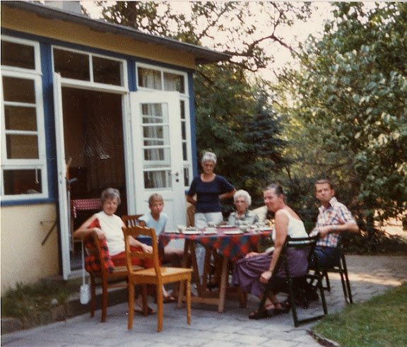 Das Gartenhaus als Urlaubsdomizil (ca. 1982)