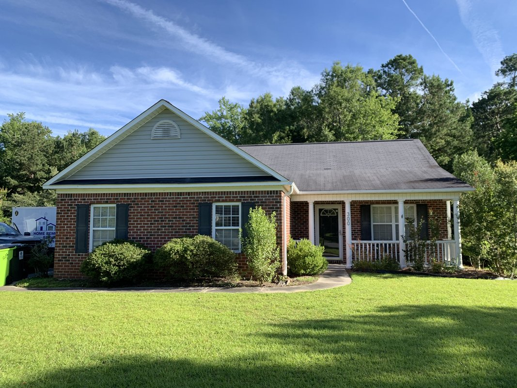 Move in ready home near MCAS Cherry Point NC