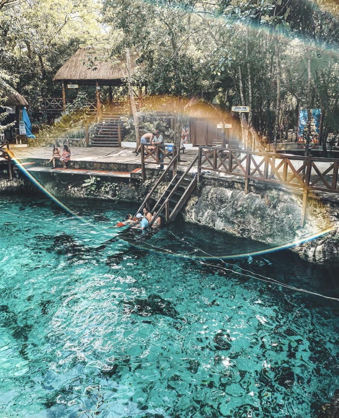 Cenotes cristalinos