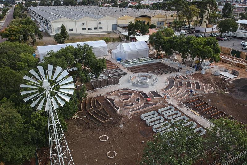 Fazenda urbana com 4.335 metros quadrados ficará ao lado do Mercado Regional do Cajuru em Curitiba (Fonte: Prefeitura de Curitiba/Divulgação)