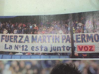 Toda la 12 apoya a Palermo, a menos que se quede afonico...