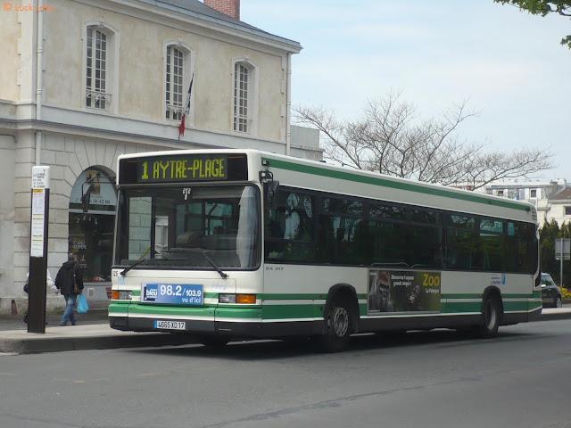"""[La Rochelle] Mise en service du BHNS """"Illico"""" P1020002"""