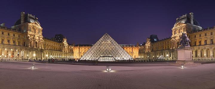 Museum Louvre dan Piramid