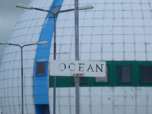 Ocean? Na lewo!