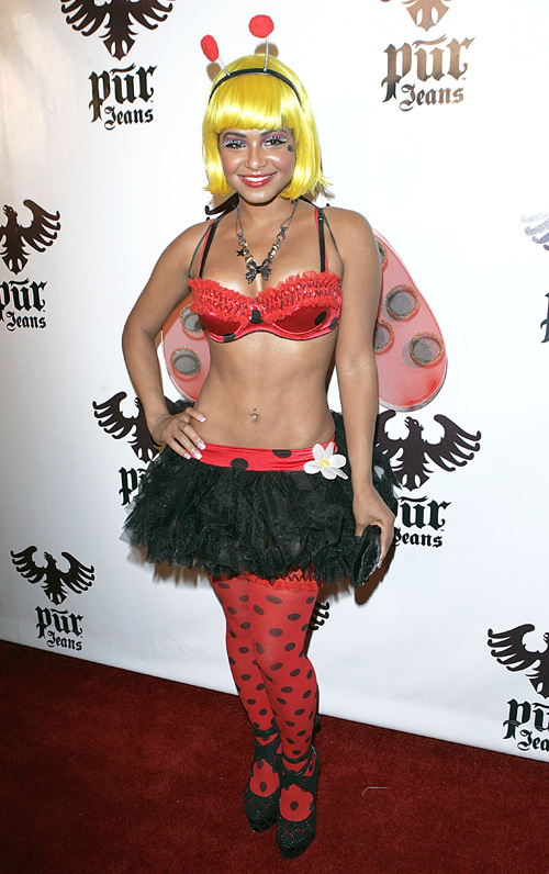 A gaggle of Halloween hotties:celebrities,dress for girls,big girl,pretty girls0