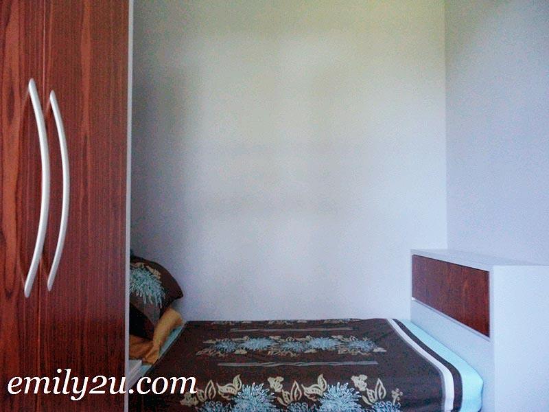 Greentree Residences small bedroom