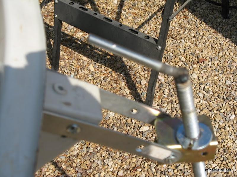 monture reglable pour parabole solaire IMG_1531