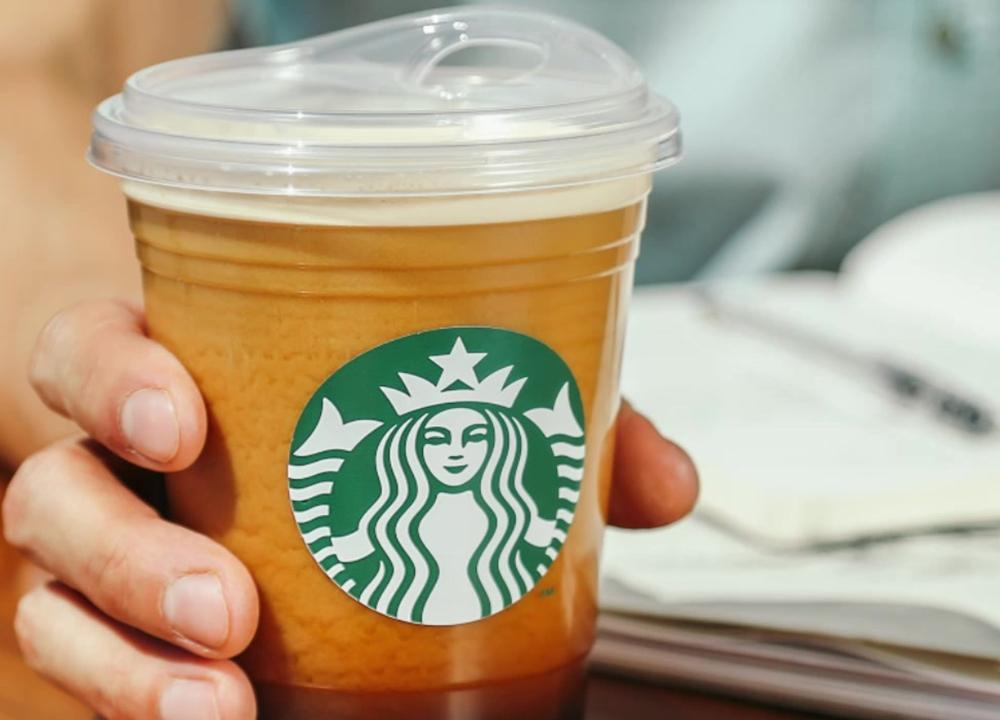 Starbucks Removes Plastic Straws