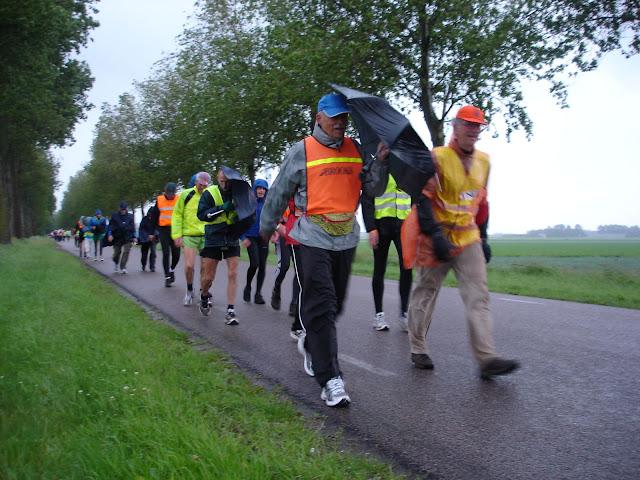 150km Amsterdam-Leeuwarden (NL): 18-19 juin 2011 DSC08789