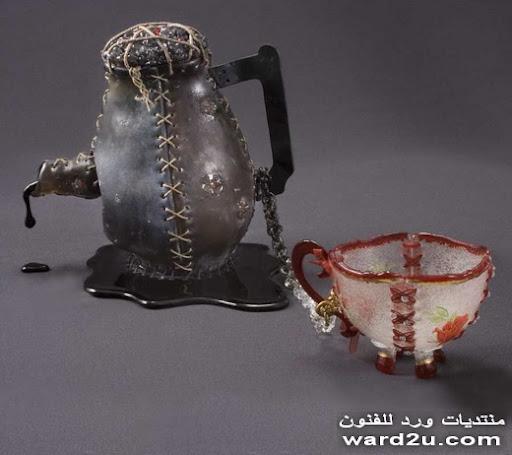 زجاج مطرز بخيوط النايلون للفنانه susan taylor