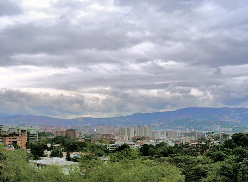 Vista hacia Petare desde la Cota Mil Caracas Estado Miranda Venezuela