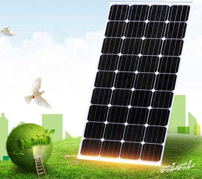 Giá đèn năng lượng mặt trời 50W bao nhiêu tiền