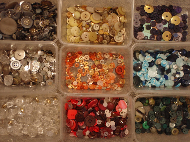 Buttons in Boxes