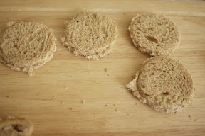 photo of bread rounds