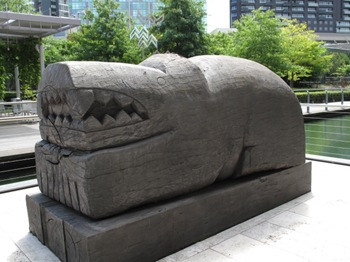 sculpture_croc