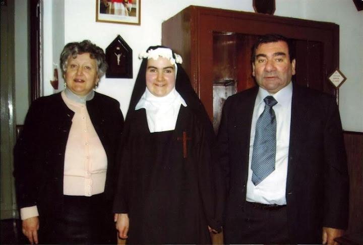 Suor Eleonora Maria con i genitori