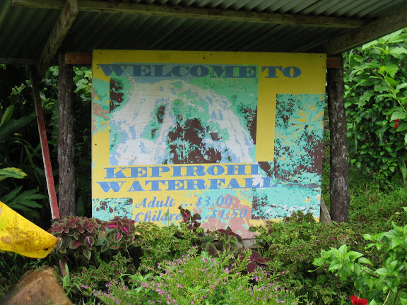 Admission sign for Kepirohi Waterfall. - Courtesy of lh6.googleusercontent.com