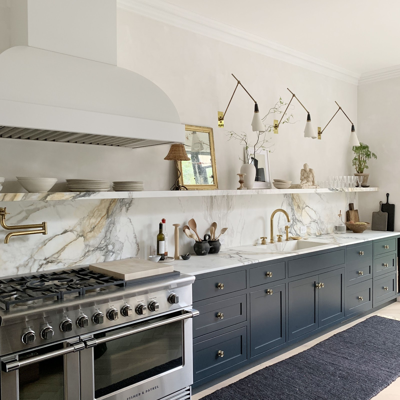 kitchen trends natural gold grey white stone modern lighting classic navy cabinets