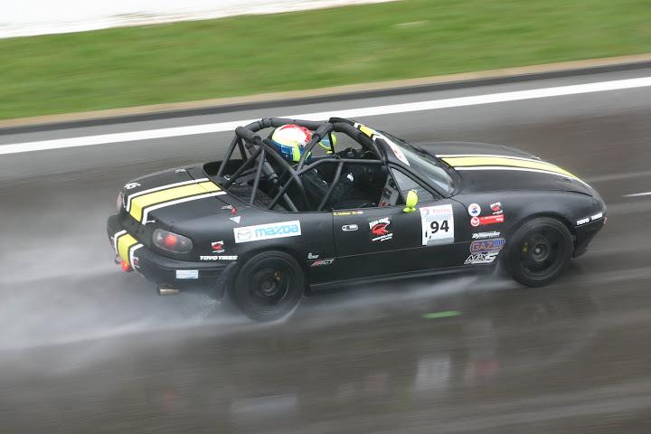 La course auto en Mazda MX-5 - Page 5 IMG_8906