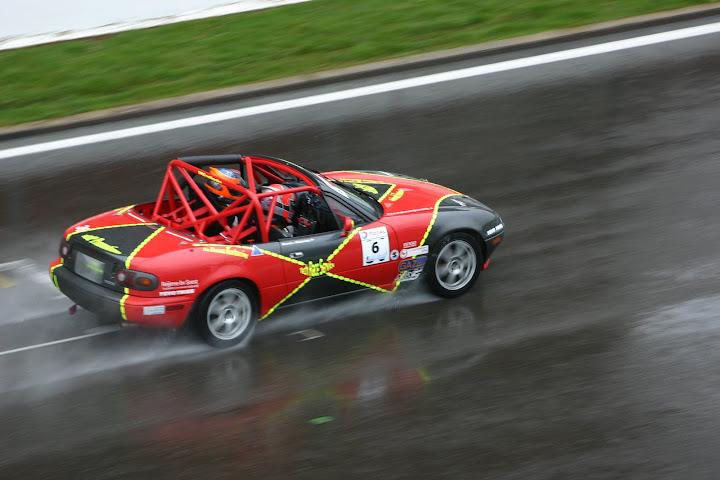 La course auto en Mazda MX-5 - Page 5 IMG_8921