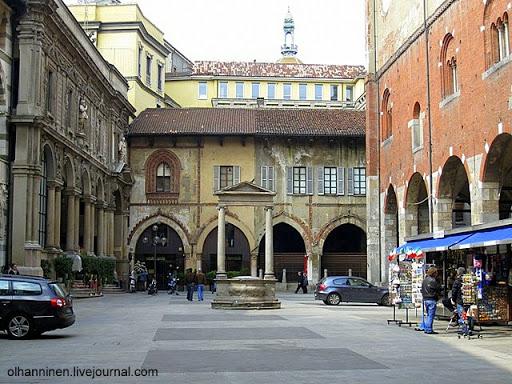 Торговая площадь в Милане, Италия