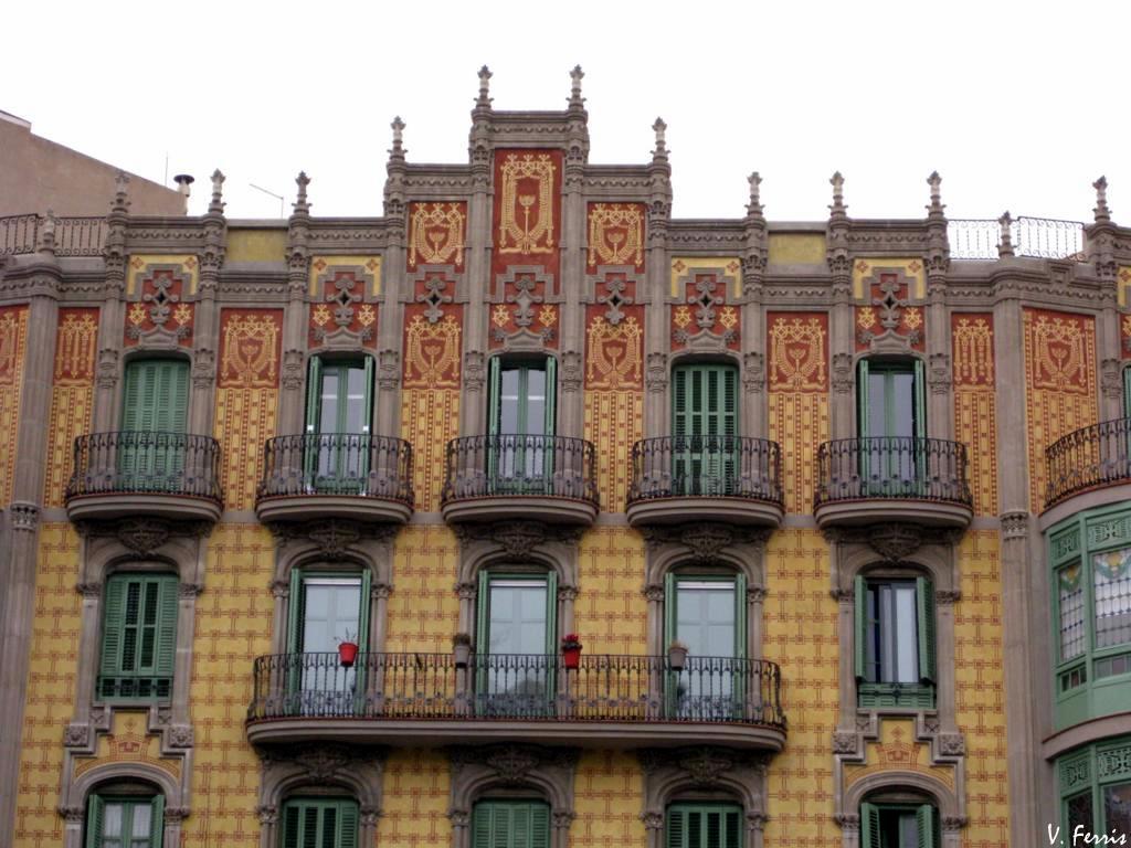 Casa sociedad torres hermanos iii barcelona modernista - Casa torres barcelona ...