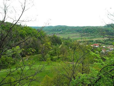 Tehomir. Satul natal in aprilie