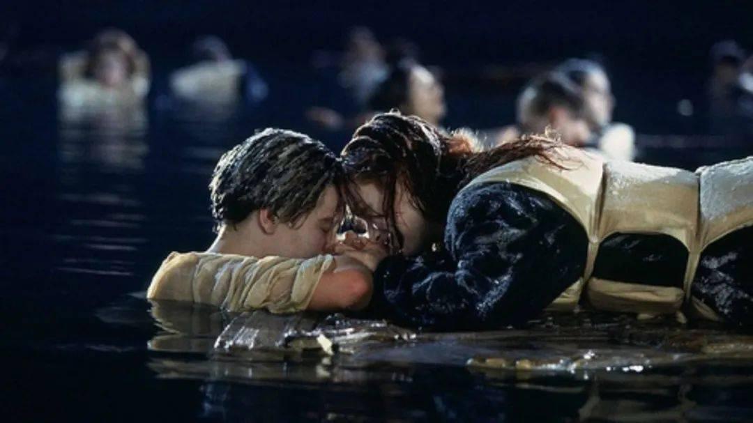 2. Titanic 04