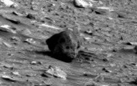 Alien Skull Found on Mars