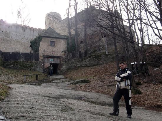 wzgórze Chojnik - umocnienia zamku