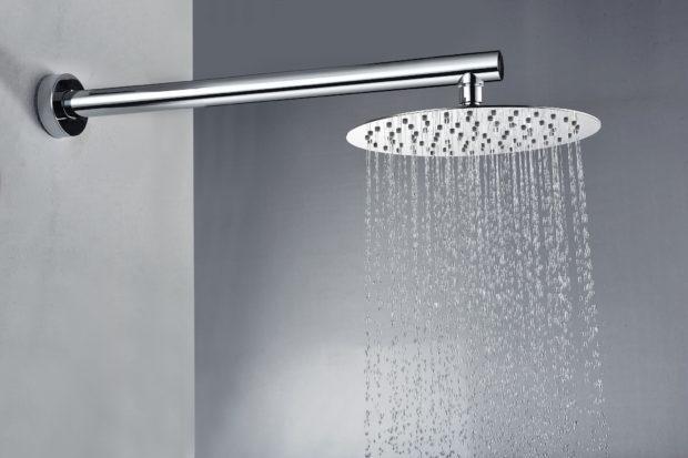 вмонтований душ
