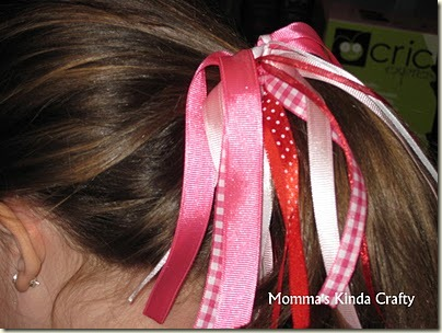 valentine_ponytail_holder_10