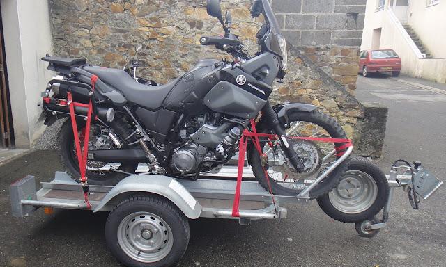 Avez vous un PORTE MOTO pour votre monture DSC00092