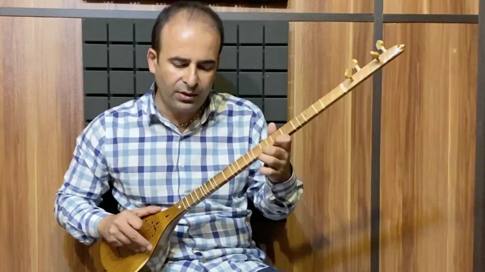 ۶۵ رنگ اصفهان محمود ذوالفنون کتاب دوم هنرستان نیما فریدونی سهتار