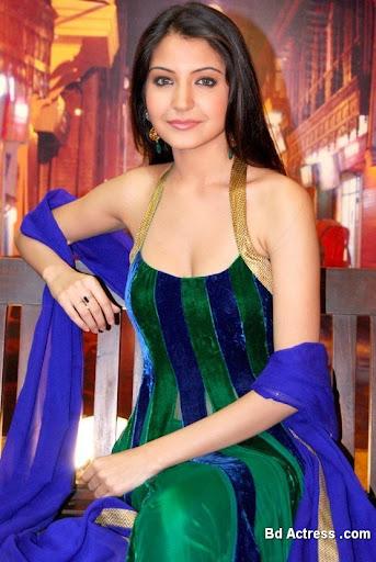 Bollywood Actress Anushka Sharma Photo-01