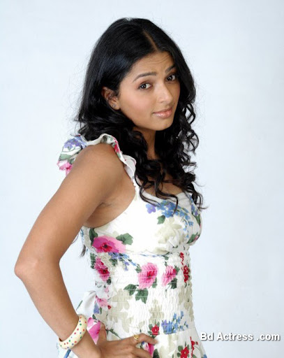Bollywood Actress Bhumika Photo-04