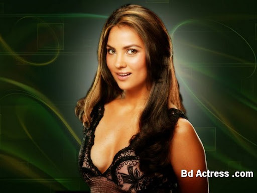 Bollywood Actress Lara Dutta Photo-04