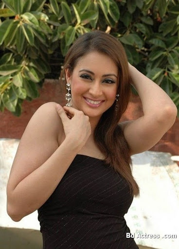 Bollywood Actress Preeti Jhangiani Photo-05