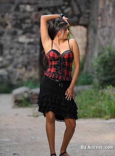 South Indian Actress Priyamani Photo-05